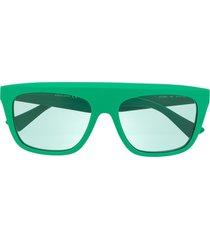 bottega veneta eyewear chunky frame sunglasses - green