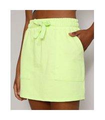 saia de moletom feminina curta básica com bolsos e cordão verde claro