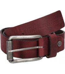 cinturón cuero liso con perforaciones burdeo panama jack