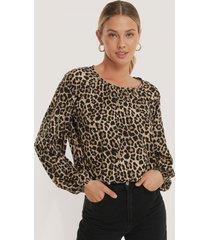 na-kd boho balloon sleeve leo blouse - brown,multicolor