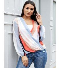 yoins blusa de manga larga con cuello en v de rayas cruzadas multicolor diseño