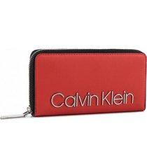 billetera must rojo calvin klein