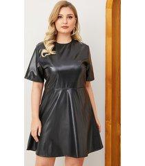 plus tamaño mangas cortas de cuero sintético negro vestido