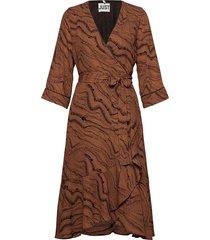 celine wrap dress jurk knielengte bruin just female