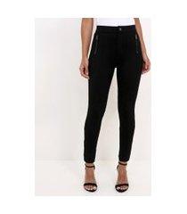 calça legging com detalhe de ziper nos bolsos | cortelle | preto | g