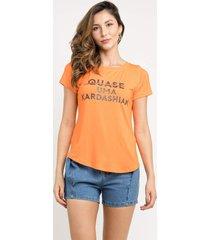 t-shirt manola kardashian laranja