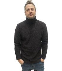 sweater negro desigual
