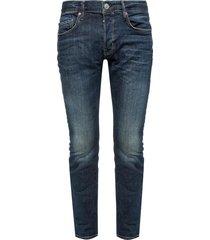 'cigarette' raw edge jeans