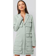 na-kd trend pocket blazer dress - blue