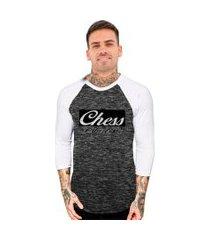 camiseta chess clothing manga 3 4 raglan estampada cinza