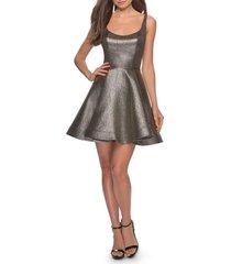 women's la femme metallic fit & flare cocktail dress, size 6 - metallic