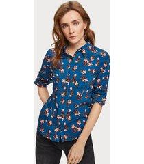 maison scotch 156032 fitted cotton viscose shirt blauw