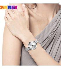 malla impermeable para mujer con reloj de cuarzo-gris