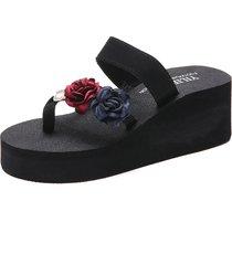 pantofole da spiaggia con plateau in fiore