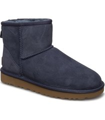 w classic mini ii shoes boots ankle boots ankle boots flat heel blå ugg