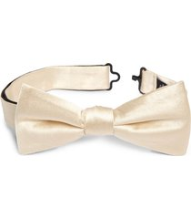 men's nordstrom solid silk bow tie, size one size - ivory