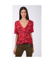 camiseta de malha camuflada vermelha com decote v estampa - g