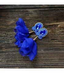kobaltowe kolczyki soutache z kwiatami