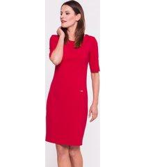 czerwona sukienka biurowa