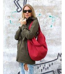 czerwona torba worek z zamszu eko na ramię