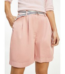 tommy hilfiger women's relaxed fit belted chino short soothing pink - 14