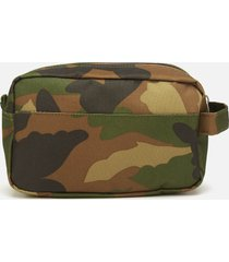 herschel supply co. men's chapter carry on travel kit - woodland camo