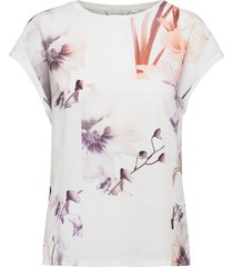 lylie t-shirts & tops short-sleeved creme ted baker