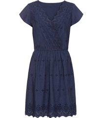 abito con ricamo traforato (blu) - bodyflirt