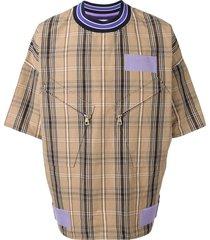 a(lefrude)e oversized plaid t-shirt - brown