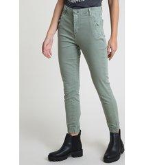 calça de sarja feminina jogger cintura alta com bolsos verde militar