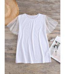 camiseta redonda de retazos de malla blanca cuello