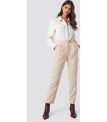 na-kd classic high waist cigarette pants - beige