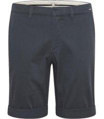 shorts / bermuda