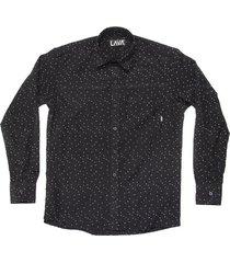 camisa negra lava triángulo