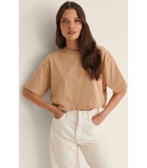 na-kd basic ekologisk croppad oversized t-shirt med rund halsringning - beige