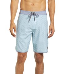 travismathew yacht party board shorts, size 38 in mint at nordstrom