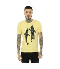 camiseta bossa brasil shark amarelo