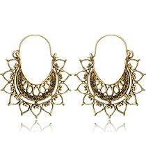 spider web pattern c word carved earrings