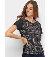 camiseta acostamento estampada feminina - feminino