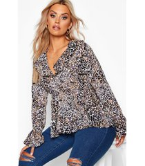 plus leopard ruffle plunge top, brown