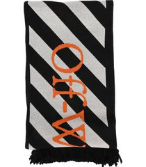 off white arrows scarf