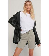 na-kd reborn ekologiska shorts - grey