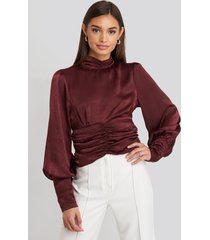 na-kd party polo wide cuff blouse - red