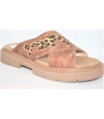sandalia de cuero animal print enygmatis