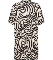 slfmarilyn-viola 2/4 dress ex korte jurk beige selected femme