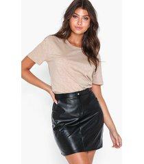 nly trend detailed pu skirt minikjolar