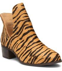 women's matisse pronto split shaft genuine calf hair bootie, size 8.5 m - beige