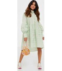 y.a.s yasnellie ls dress s. loose fit dresses
