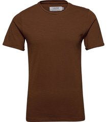core tee t-shirts short-sleeved brun ljung by marcus larsson