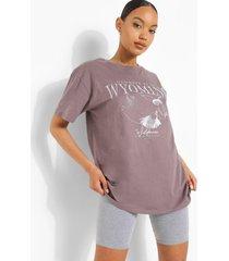 oversized wyoming t-shirt, charcoal